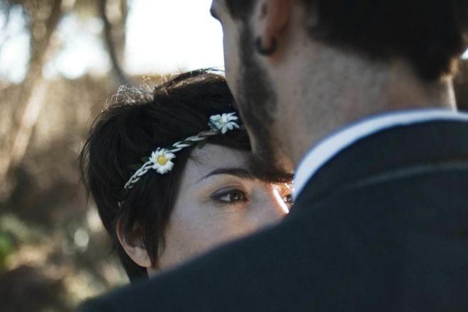 boda novios montaña senda arbol bosque boda vintage diferente novia novio (Demo)
